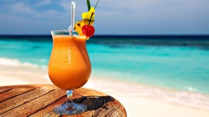 p18cg2nbgn1fion26mu51uns1c2c4_bar-las-brisas-hotel-crown-paradise-club-cancun2